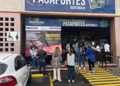 Mercado negro en citas de Migración: investigan denuncias por cobros ilegales en trámite de pasaportes